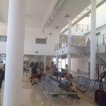 Questo è il nuovo aeroporto, molto bello ma attenzione all'aria condizionata!!!