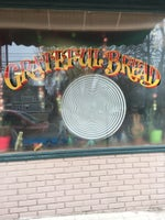 Grateful Bread & Freakbeat Vegetarian