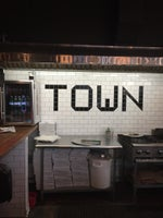 Town Pizza
