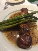 Artie's Steak and Seafood