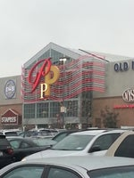 Palisades Center Mall