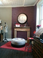 Le Rouge Hair Lounge