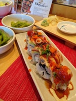 Zakuro Sushi Bistro