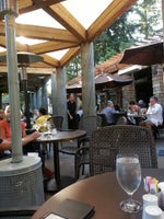 Bridges Restaurant & Bar