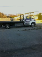 Hillwood Towing & Body Shop