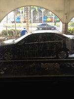 Happy Hands Car Wash