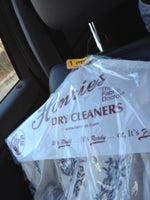 Henrie's Dry Cleaners