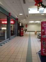 AMC Quincy Mall 3