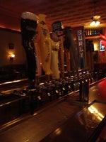 White Horse Bar & Restaurant