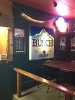 Dave's World Famous Bar