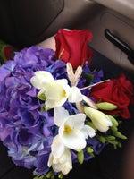 Lizzie Bee's Flower Shoppe