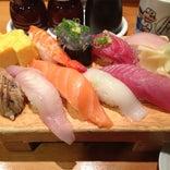 魚がし鮨 流れ鮨 沼津店