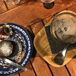 Cafe & Bar Little Plum