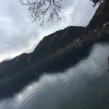 田沢湖 御座石