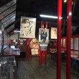 007「赤い刺青の男」記念館