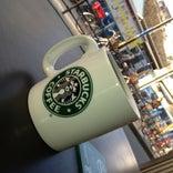 Starbucks Coffee 逗子駅前店