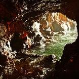 三段壁 (三段壁洞窟)