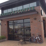 Starbucks Coffee ベイスクエア津店