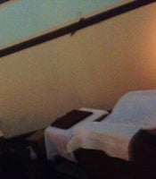 Vi's Reflexology & Massage Center