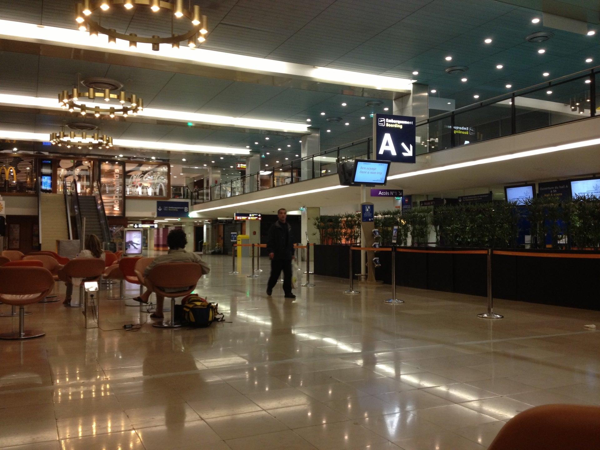 ory par s orly aeropuerto vuelos de llegadas y vuelos de salidas mapa alquiler de coches. Black Bedroom Furniture Sets. Home Design Ideas