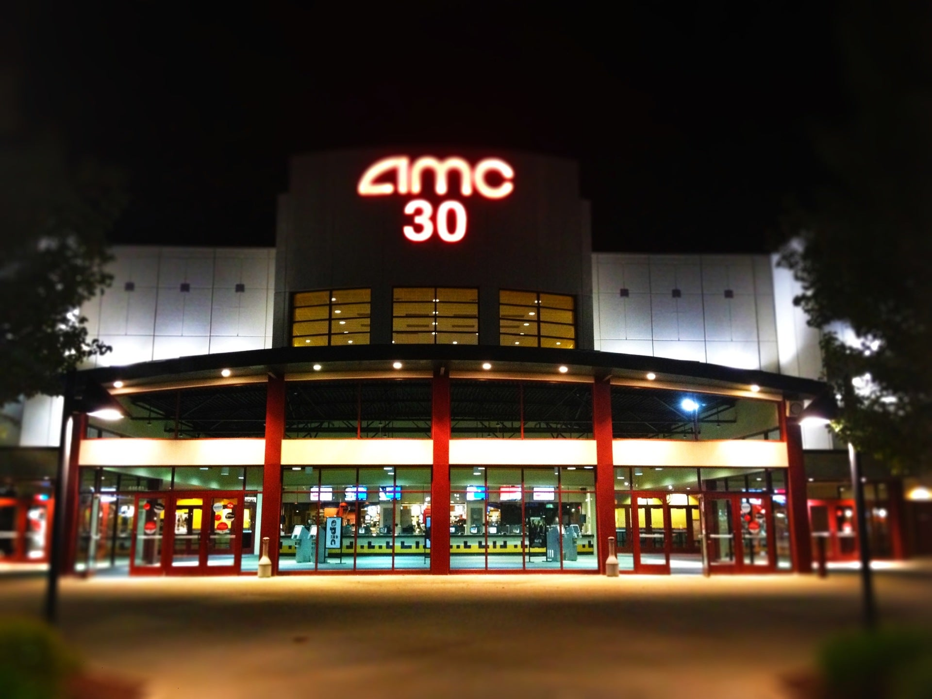 Amc Forum 30 At 44681 Mound Rd Sterling Heights Mi