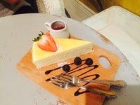 IS SWEET Coffee & Dessert
