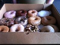 Dun-Well Doughnuts