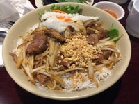 Pasteur Grill and Noodles