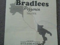 Bradlees Pizzeria