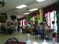 Roberto's Grill Cafe