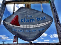 Smitty's Clam Bar