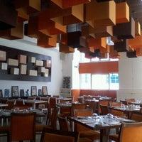 Foto tirada no(a) Sommer Restaurante por Ana P. em 7/11/2012