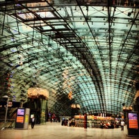 Photo taken at Frankfurt Airport Int'l Railway Station by Benjamin P. on 7/8/2012