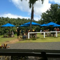 Photo taken at Hanalei Dolphin Restaurant by Le S. on 8/19/2012
