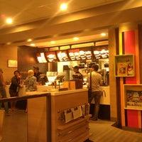 Photo taken at McDonald's / McCafé by Ivan K. on 8/6/2012