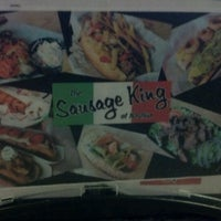 Photo prise au The Sausage King of Nashua par Sean M. le6/19/2012