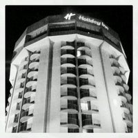 Photo taken at Holiday Inn Charleston-Riverview by Neil on 8/10/2012