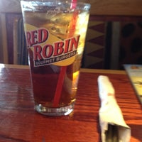 Photo taken at Red Robin Gourmet Burgers by Alison on 8/26/2012