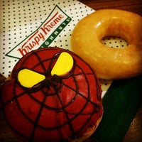 Photo taken at Krispy Kreme by Ratchawin I. on 7/13/2012