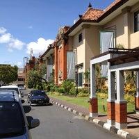Photo taken at Mal Bali Galeria by H | E | N | R | Y on 6/3/2012