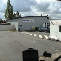 Photo taken at Aire de Saint Eloi by Jean-paul S. on 5/15/2012