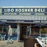 Photo taken at Lido Kosher Deli by Suman G. on 4/16/2012