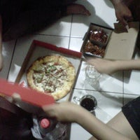 Photo taken at PHD - Pizza Hut Delivery by @ATHO_TRIP S. on 6/18/2012