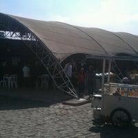 Foto tirada no(a) Largo Dos Padeiros por Paulo R R. em 6/24/2012