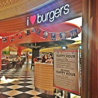 Photo taken at I Love Burgers by Falooy on 9/1/2012