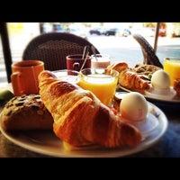 Das Foto wurde bei Café Tin Tin Tango von Ancurly am 8/26/2012 aufgenommen