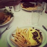 Photo taken at Seven Seas Restaurant by David B. on 9/3/2012