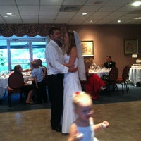 Photo taken at Elizabeth Manor Golf and Country Club by Trevor on 9/1/2012