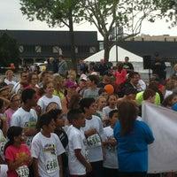 Das Foto wurde bei Nichols Hills Plaza von Ashlee . am 4/14/2012 aufgenommen