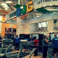 Photo taken at Road Runner Sports by HOPE on 5/5/2012